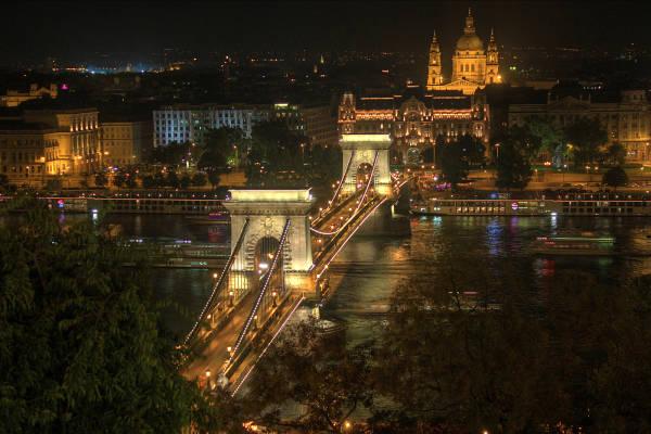 HDR der Budapester Kettenbrücke